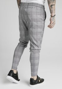 SIKSILK - SMART - Träningsbyxor - black/grey/white - 4