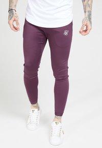 SIKSILK - EVO HYBRID TRACK PANTS - Teplákové kalhoty - rich burgundy - 4