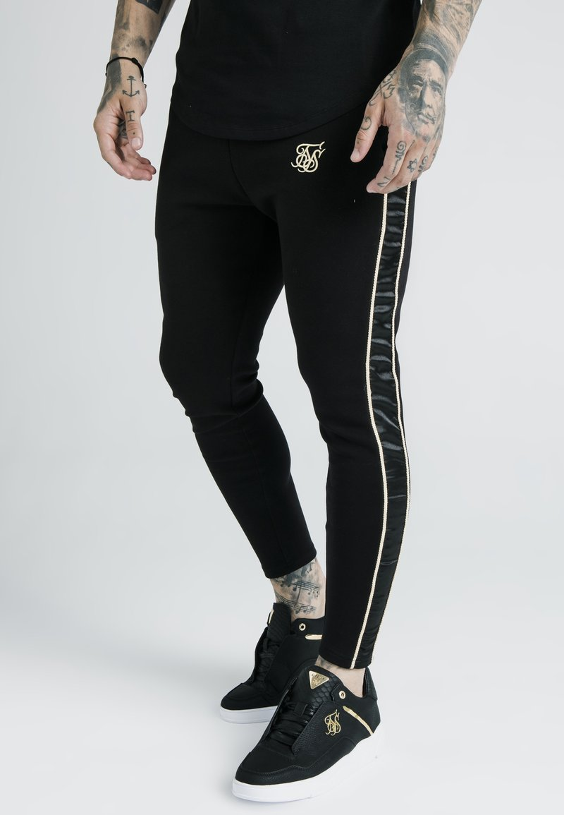 SIKSILK - DANI ALVES ATHLETE BRANDED TRACK PANTS - Pantalones deportivos - black