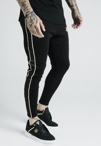 SIKSILK - DANI ALVES ATHLETE BRANDED TRACK PANTS - Pantalones deportivos - black - 4