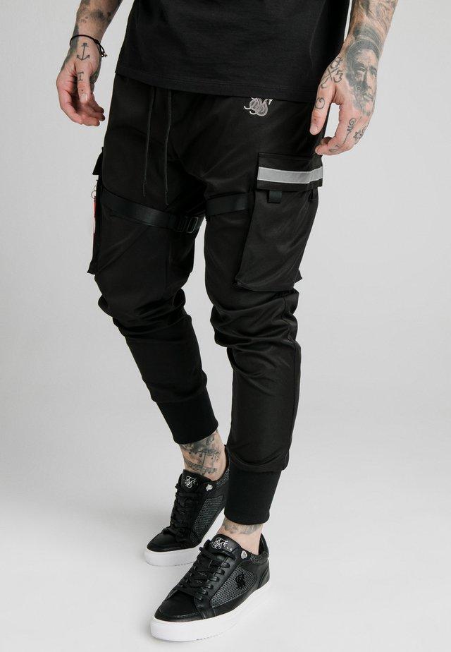 COMBAT TECH PANTS - Cargobukse - black