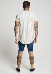 SIKSILK - DISTRESSED - Short en jean - midstone - 2