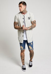 SIKSILK - DISTRESSED - Short en jean - midstone - 1