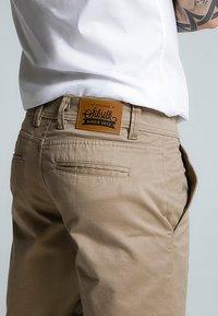 SIKSILK - RAW HEM - Shorts - beige - 4
