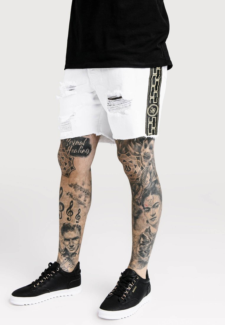 SIKSILK - CARTEL - Denim shorts - white