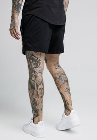 SIKSILK - STANDARD - Shorts - black/gold - 2