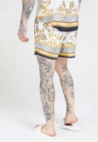 SIKSILK - STANDARD - Shorts - ocean off white - 2