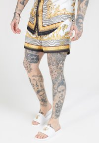 SIKSILK - STANDARD - Shorts - ocean off white - 0
