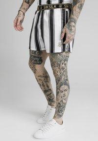 SIKSILK - STANDARD - Shorts - black/white - 4