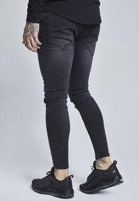 SIKSILK - Jeans slim fit - washed black - 2