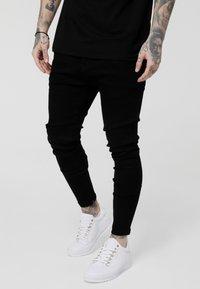 SIKSILK - LOW RISE REAR MAJESTIC ROSE - Jeansy Skinny Fit - black - 0