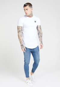 SIKSILK - Jeans Tapered Fit - midstone blue - 1