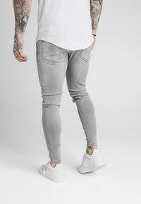 SIKSILK - Jeans Skinny - washed grey - 2