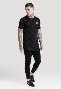 SIKSILK - NON RIP - Jeans Skinny Fit - black - 1