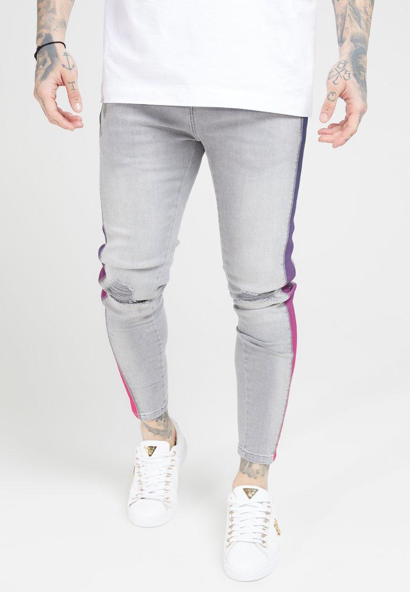 SIKSILK - LOW RISE FADE STRIPE BURST KNEE - Jeans Skinny Fit - grey
