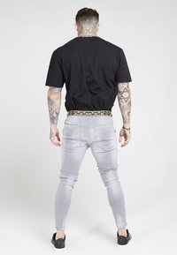 SIKSILK - ELASTICATED WAIST DISTRESSED - Jeans Tapered Fit - grey - 2