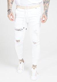 SIKSILK - DISTRESSED - Skinny džíny - white - 0