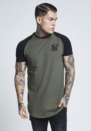 RAGLAN GYM TEE - T-shirt print - khaki & black