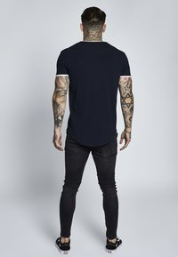 SIKSILK - SHORT SLEEVE GYM TEE - T-shirt imprimé - dark navy blue - 2