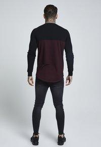 SIKSILK - RAGLAN BLOCK - Bluzka z długim rękawem - black/burgundy - 2