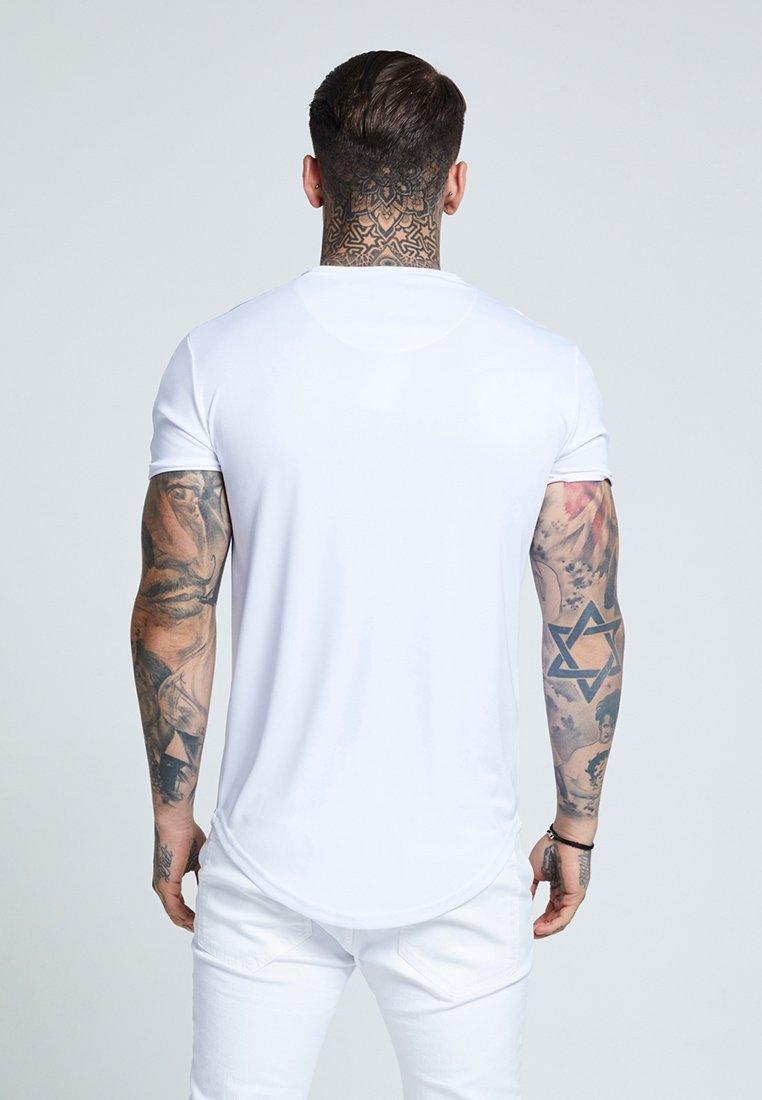 SIKSILK TAPE SHOULDER GYM TEE - T-shirt z nadrukiem - white