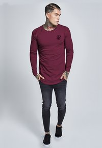 SIKSILK - LONG SLEEVE GYM TEE - T-shirt à manches longues - burgundy - 1
