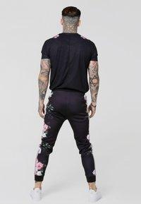 SIKSILK - OIL PAINT BOX TEE - T-shirt med print - black - 2