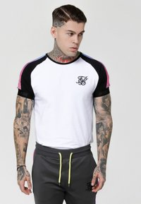 SIKSILK - PANEL FADE TECH TEE - T-shirt con stampa - white - 0