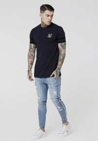 SIKSILK - COLLAR BOX TEE - Camiseta estampada - navy - 1