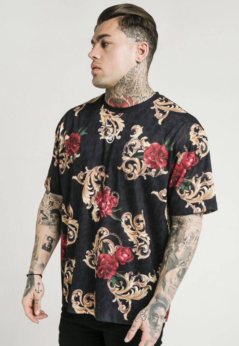SIKSILK - DANI ALVES ESSENTIAL TEE - Camiseta estampada - black