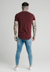 SIKSILK - NEPS TEE - T-shirt basique - burgundy - 2