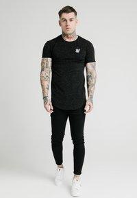 SIKSILK - NEPS TEE - T-shirt basique - black - 0