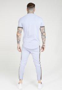 SIKSILK - SCOPE GYM TEE - T-shirt print - dusky sky - 2