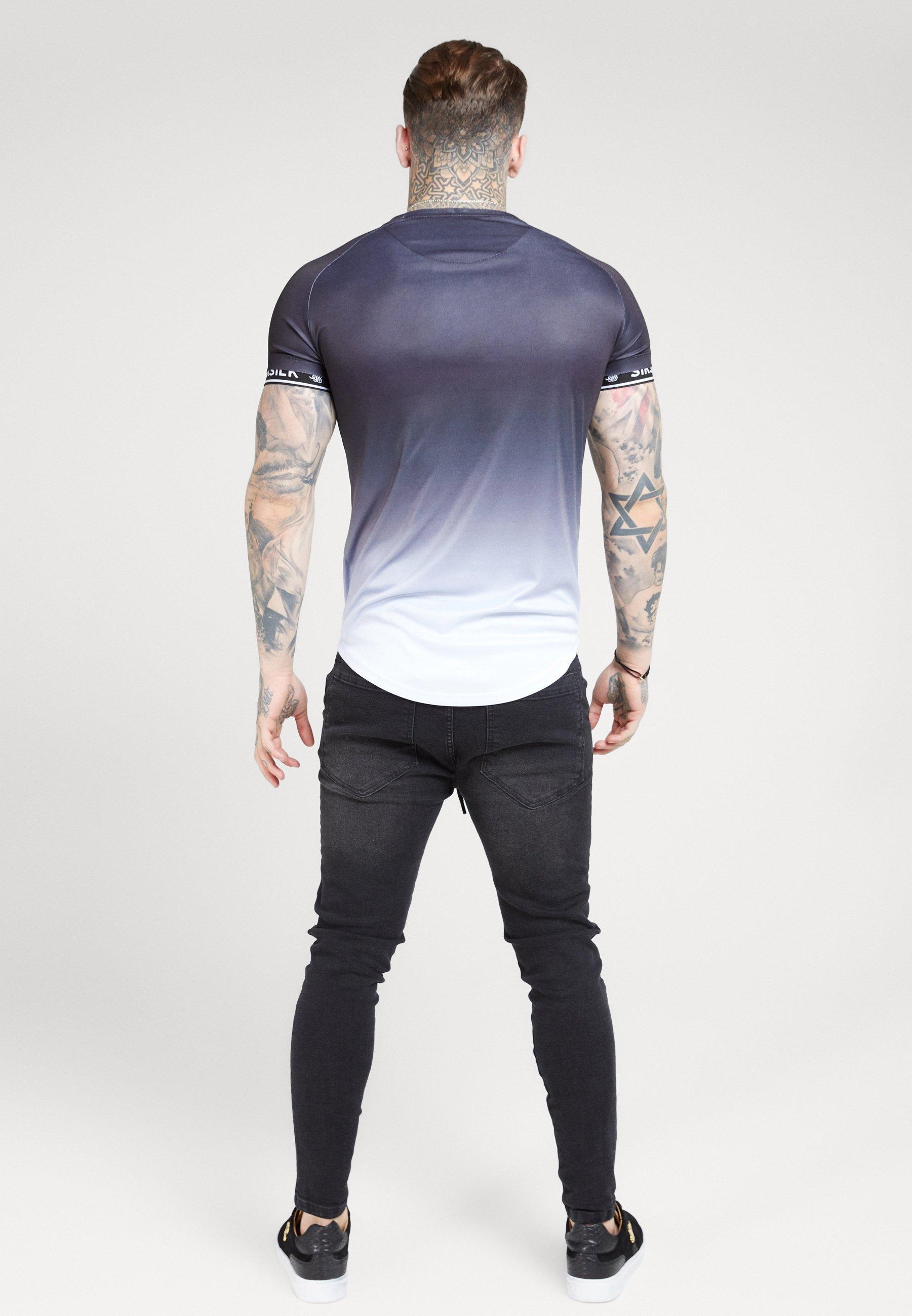 SIKSILK RAGLAN CURVED HEM TECH TEE - T-shirt z nadrukiem - black/white