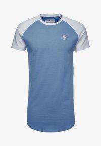 SIKSILK - CONTRAST RAGLAN TEE - T-shirt print - faded denim/white - 3