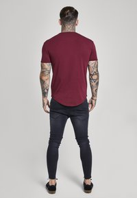 SIKSILK - SHORT SLEEVE GYM TEE - Camiseta básica - burgundy - 2