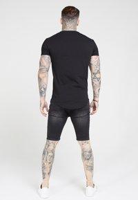 SIKSILK - Basic T-shirt - jet black - 1
