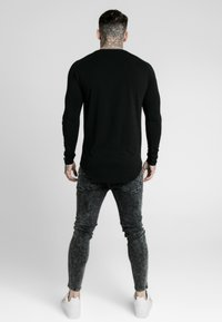 SIKSILK - LONG SLEEVE FOLLOW THE MOVEMENT TEE - Long sleeved top - black - 2