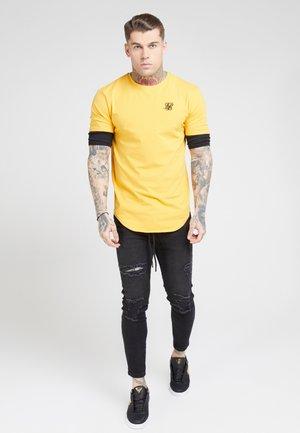 INSET SLEEVE GYM TEE - Camiseta básica - yellow