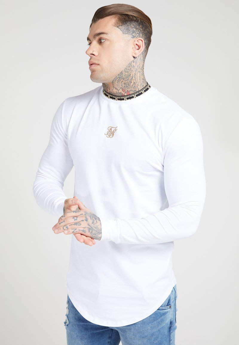 SIKSILK - LONG SLEEVE CHAIN TAPE COLLAR GYM TEE - T-shirt à manches longues - white