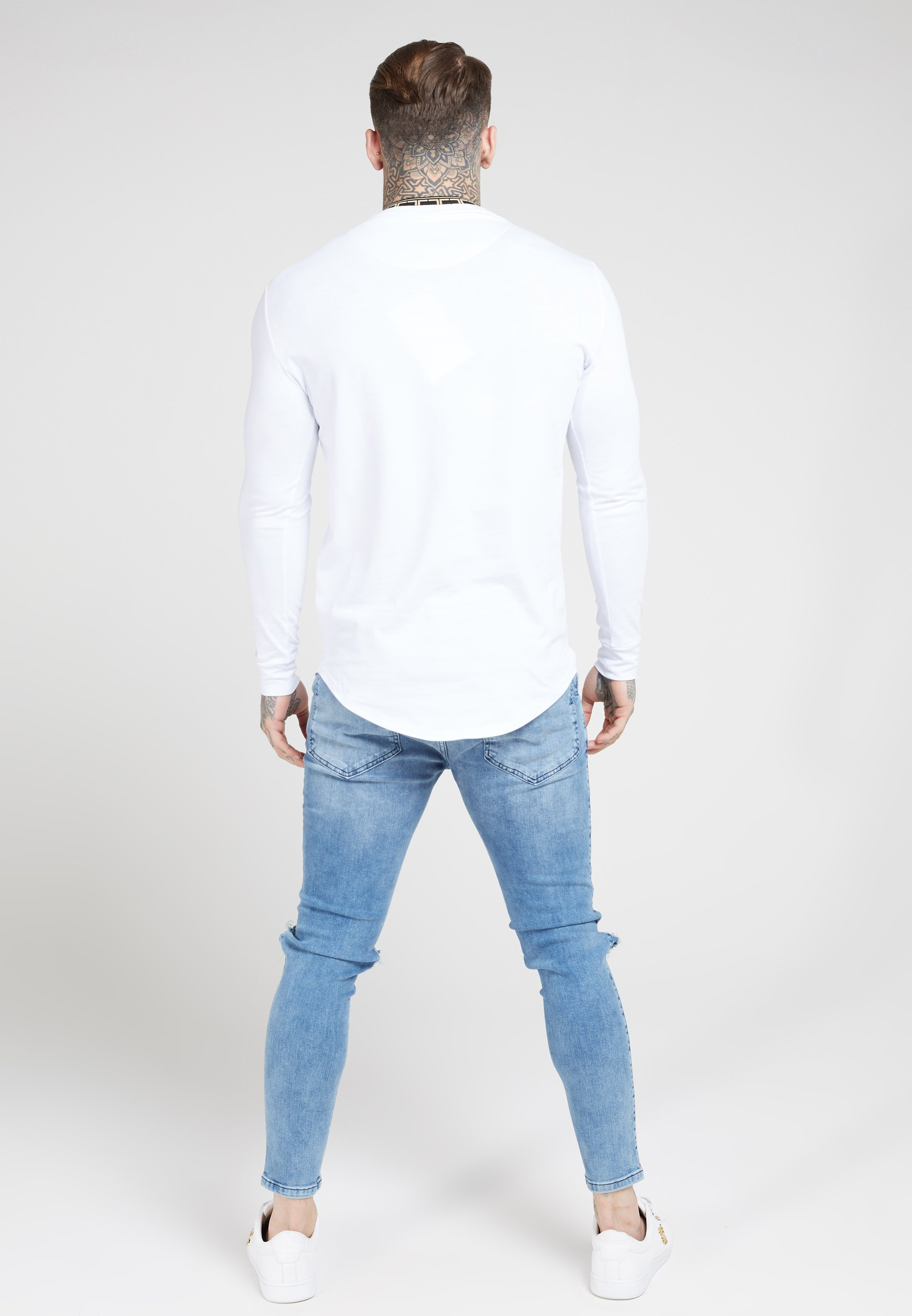 SIKSILK LONG SLEEVE CHAIN TAPE COLLAR GYM TEE - Bluzka z długim rękawem - white