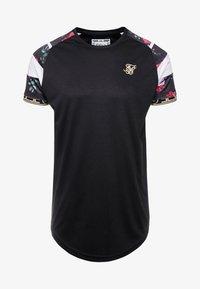 SIKSILK - SPRINT TAPE TEE - Print T-shirt - black & oil paint - 3