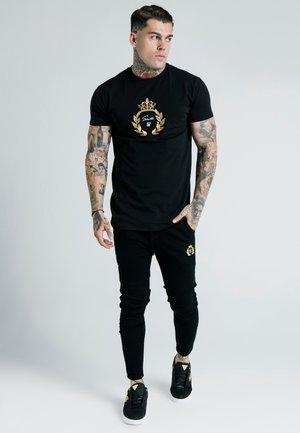 DANI ALVES EMBOSSED FITTED BOX TEE - T-shirts print - black
