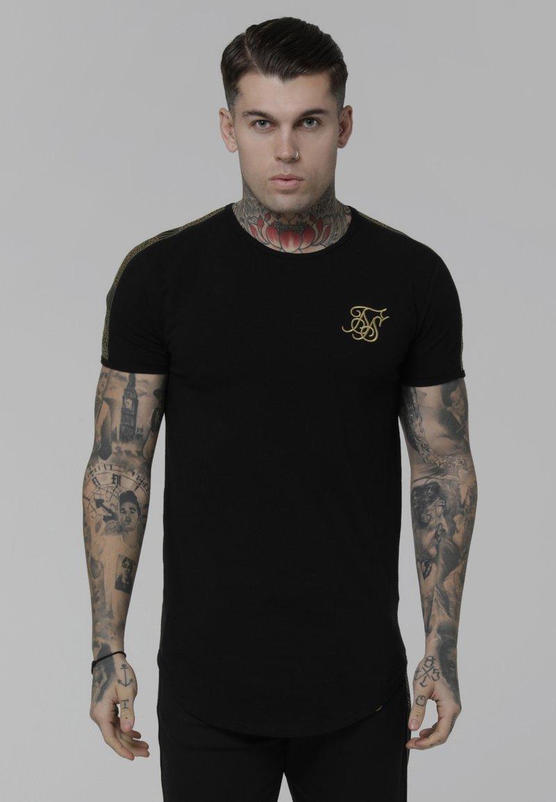 SIKSILK - Camiseta estampada - black