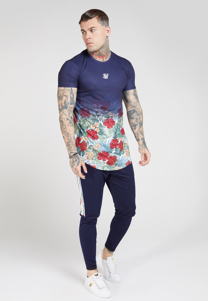SIKSILK - CURVED HEM FADE TEE - T-shirt med print - navy
