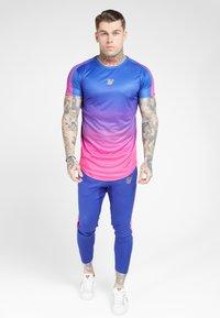 SIKSILK - MARL FADE PANEL TECH TEE - T-shirt print - neon blue - 1