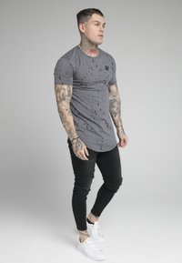 SIKSILK - SPLATTER GYM TEE - T-shirt imprimé - grey - 1