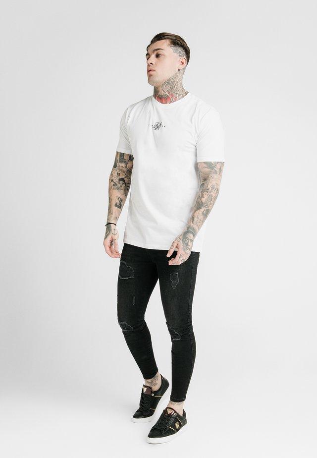 SQUARE HEM TEE - T-Shirt basic - white