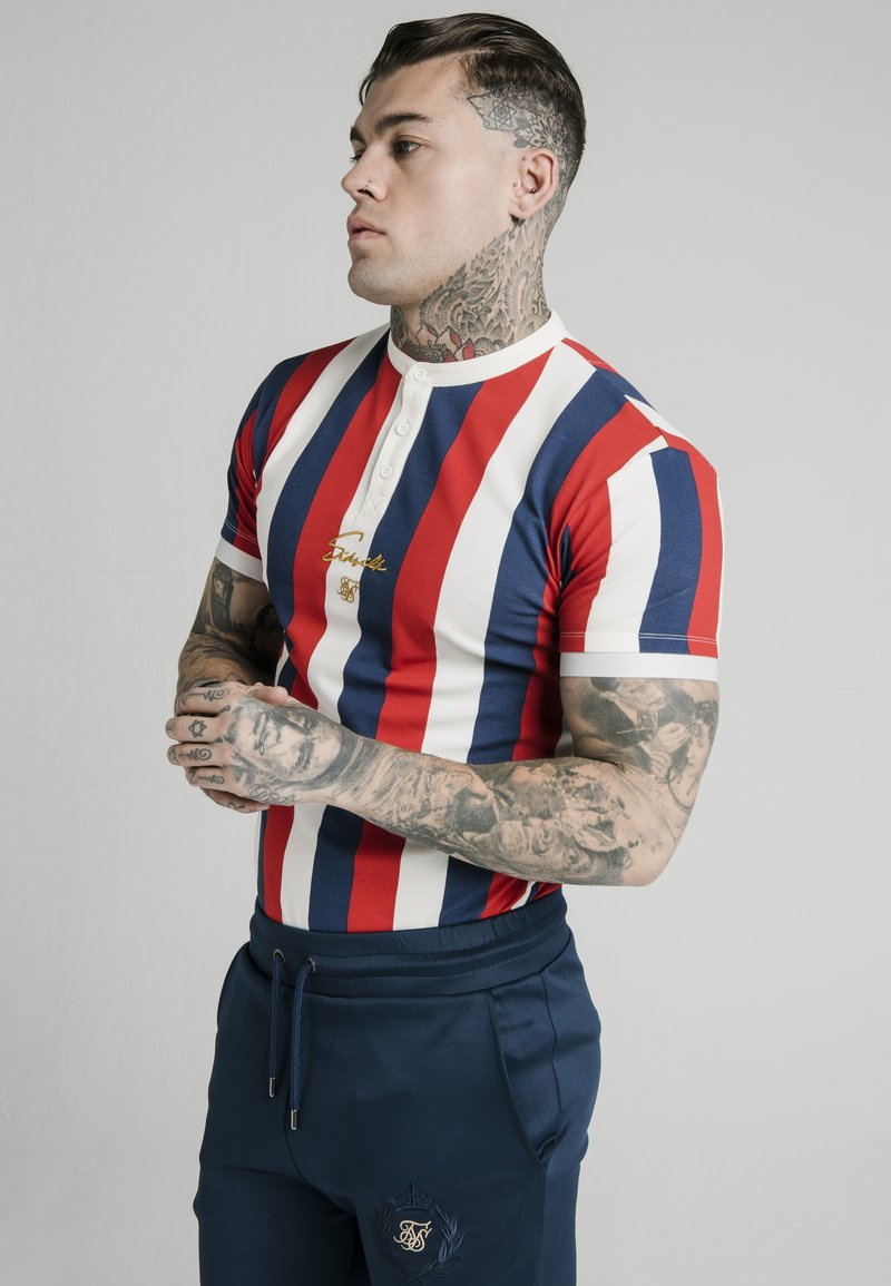 SIKSILK - T-shirt con stampa - navy red  white