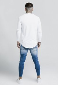 SIKSILK - TURTLE NECK - Long sleeved top - white - 2